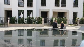 Geldmänner suchen Geldfrauen in kostenpflichtigen Partnerbörsen