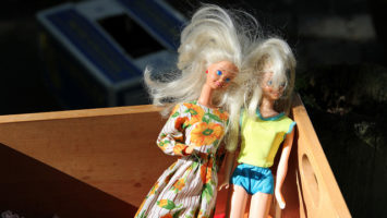 Auch Barbies sind: Not Heidis Girl