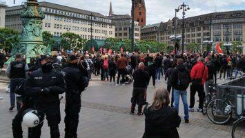 Polizei in Hamburg: Mein Kommentar zum Hass der Hengameh Yaghoobifarah